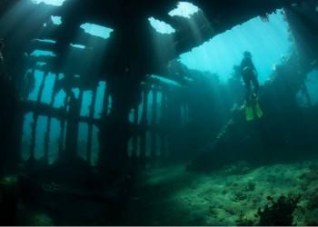Sub-diving in the Pacific